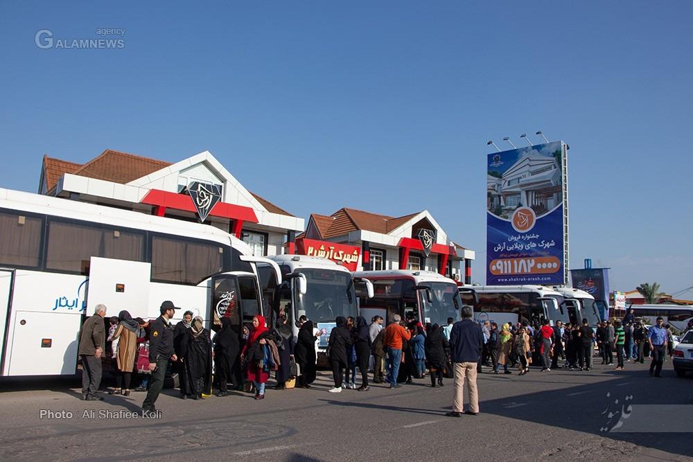 02b496dc 043e 4ddc b58f e72074696990 - اعزام 15 اتوبوس شامل 660 نفر در قالب کاروان زیارتی شرکت انبوه سازان آرش به مشهد مقدس دی ماه 98