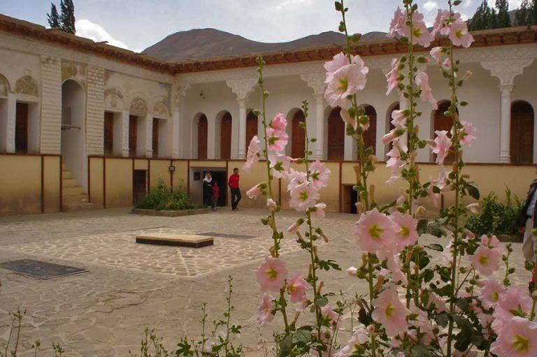 یوش زادگاه نیما یوشیج