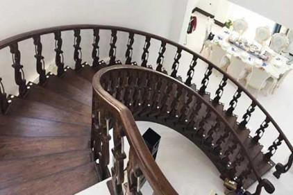 طراحی پله های مارپیچ