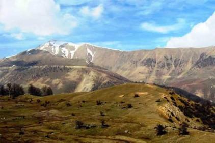 قله شاه معلم دومین قله گیلان