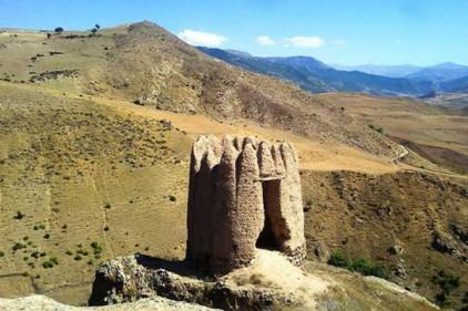 منطقه باستانی قلعه کوتی